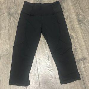 lululemon athletica Pants - Like new lululemon crop